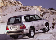toyota land cruiser 100 series-15827