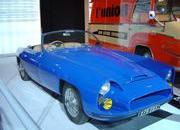 classic cars at paris motor show-103358