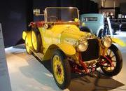 classic cars at paris motor show-103342
