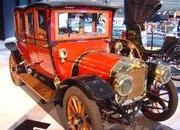 classic cars at paris motor show-103339