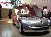 top speed at paris motor show-102034