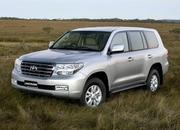 toyota land cruiser v8 2
