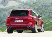 porsche cayenne gts unveiled in chicago-231055