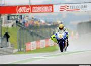 2009 motogp race report valentino rossi wins at sachsenring-311760