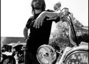 89.dave grohl and bike
