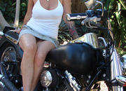 pics aplenty harley babe hates gear when not riding-322271