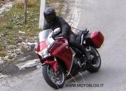 spy shots 2010 honda vfr1200 spied during alps photo shoot-321896