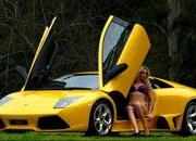 amanda ellis and lamborghini murcielago lp640-330678