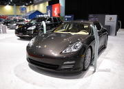 the porsche panamera makes its north american auto show debut at the 2009 south florida international auto show-329518