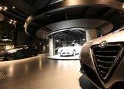 fiat opens massive dealership in paris jeep vehicles to be sold in it-368844