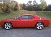 dodge challenger srt-8-375732
