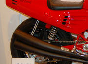 custom one-off ferrari 900 motorcycle up for auction-386290