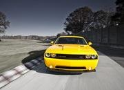 dodge challenger srt8 392 yellow jacket-425963
