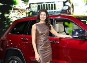 the girls of the 2012 new york auto show-448435