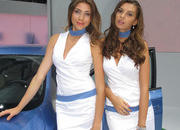 car girls of the 2012 paris auto show-475595