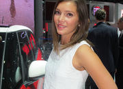 car girls of the 2012 paris auto show-475492