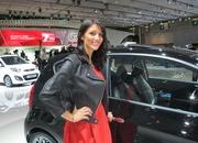 car girls of the 2012 paris auto show-475639