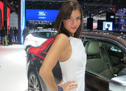 car girls of the 2012 paris auto show-475513