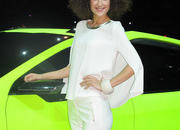 car girls of the 2012 paris auto show-475545