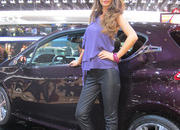 car girls of the 2012 paris auto show-475551
