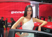 car girls of the 2012 paris auto show-475489