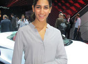 car girls of the 2012 paris auto show-475580