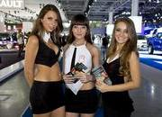 sexy girls at moscow international auto salon 2012-471382