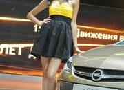 sexy girls at moscow international auto salon 2012-471416