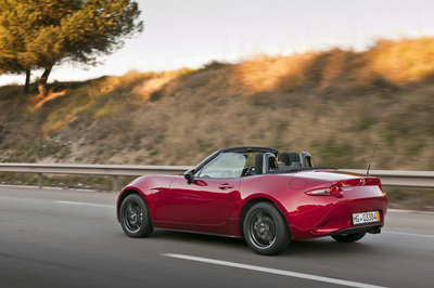 2016 mazda mx 5 review top speed. Black Bedroom Furniture Sets. Home Design Ideas