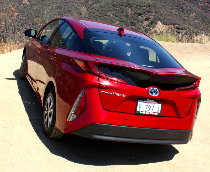 2017 toyota prius prime driving impression and review picture 691331 car review top speed. Black Bedroom Furniture Sets. Home Design Ideas